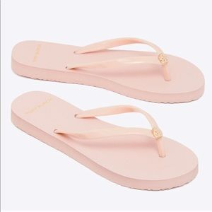 🆕 Tory Burch Sea Shell Pink Flip Flops